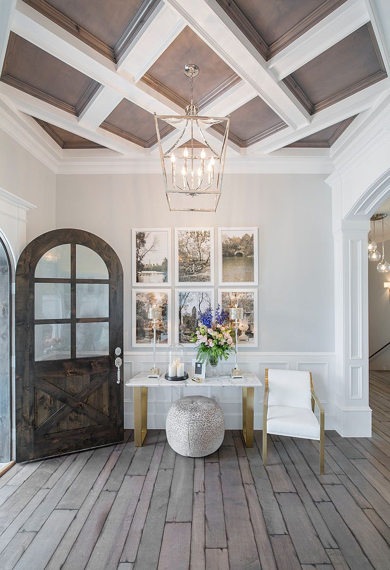 25 Captivating Entryways That Embrace The Beauty Of The
