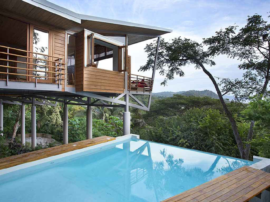 Modern Treehouses Childhood Dream Turned Into A Luxury Getaway