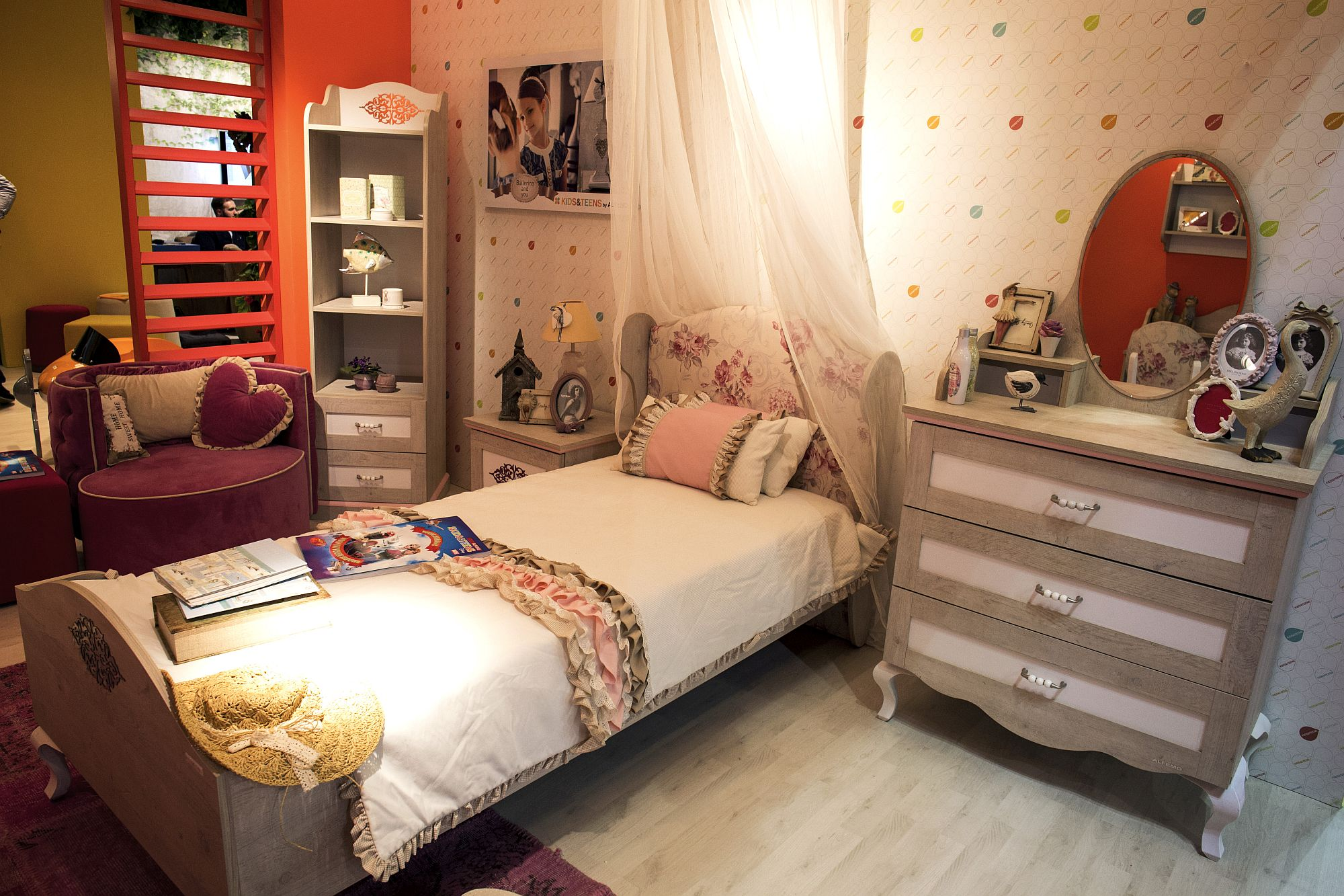 15 Ways To Maximize Corner Space In Kids Bedrooms
