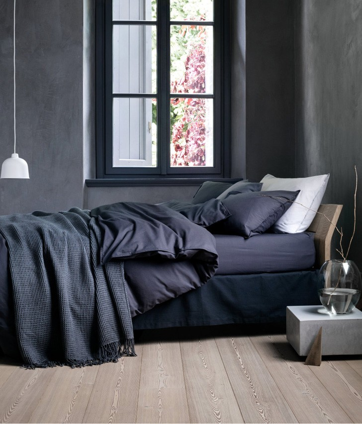 Dark Blue and Grey Earth Tones in H&M Collection