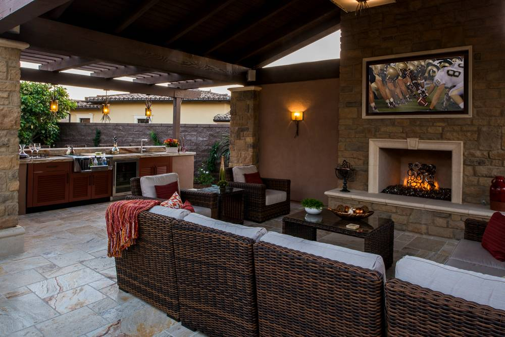outdoor kitchen ideas for an immersive