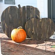 Alayna Creations Pallet Pumpkins