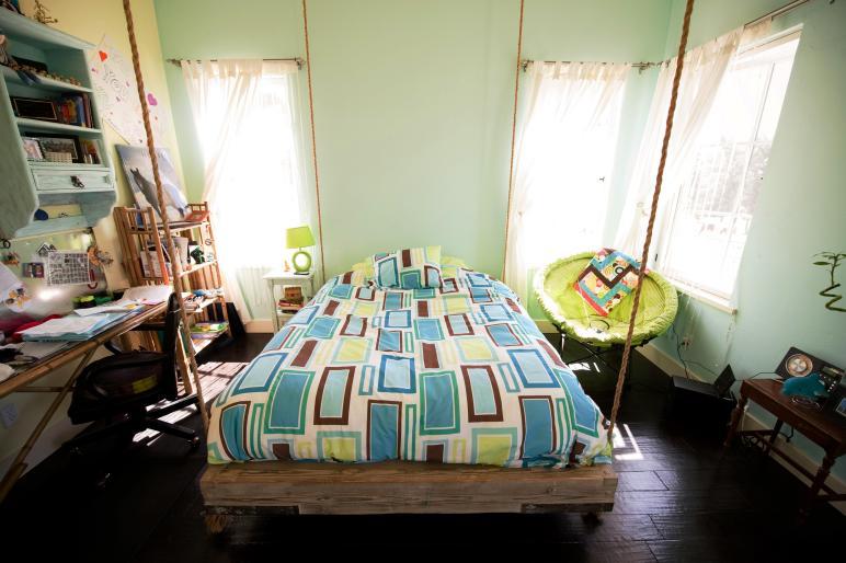 Bedroom Hanging Bed Designs 007