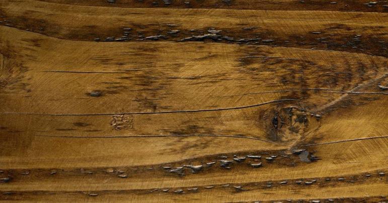 Best Ways Clean Old Wood Furniture Ehow