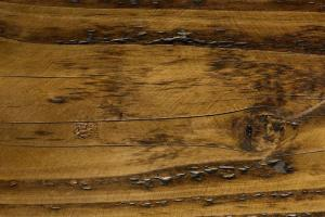 Best Ways Clean Old Wood Furniture Ehow