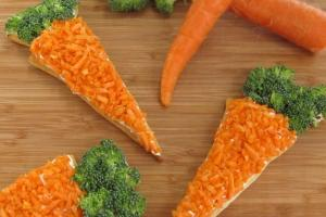 Carrot Shaped Veggie Pizzas Hungry Happenings