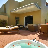 Casa Mali Studio Furnished Apartments Corporate