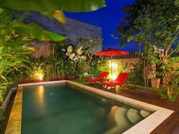 Charming Modern Bed Villa Seminyak Bali
