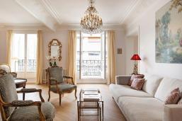 Chic Simple Parisian Vacation Apartment Simply