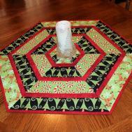 Christmas Quilted Table Runner Hexagon Quilt Jennifer