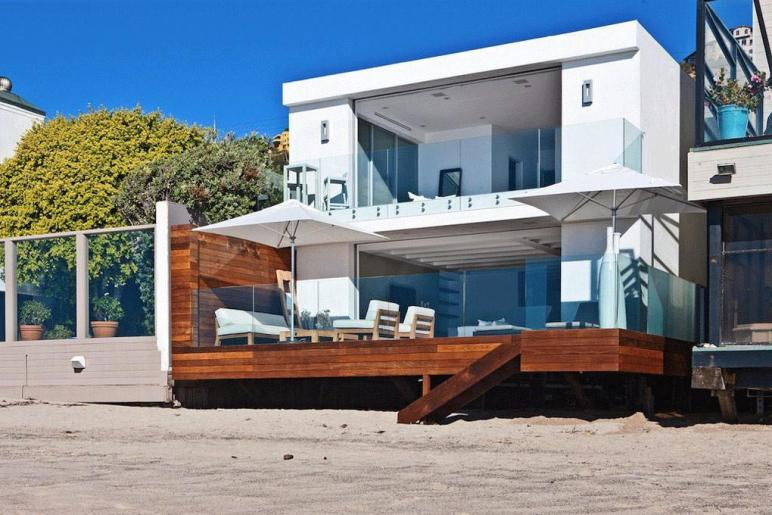 Contemporary Beach House Malibu California