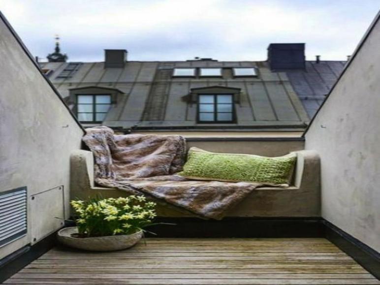 Cool Balcony Outdoor Reading Nook School