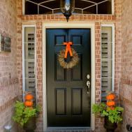 Crafty Texas Girls Fall Door