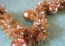 Diy Metallic Holiday Garland