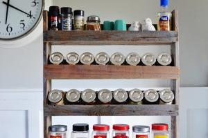 Diy Pallet Spice Rack Make Love