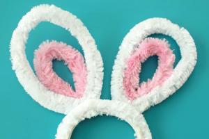 Diy Pipe Cleaner Bunny Ears Inspiration Made Simple