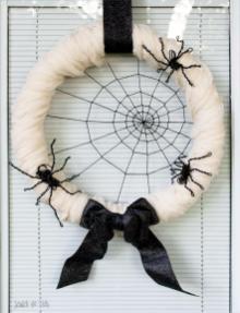 Diy Spiderweb Halloween Wreath Wire Spiders
