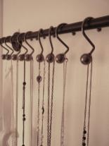 Diy Towel Rod Necklace Holder Life Pinner