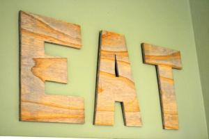 Diy Wood Eat Kitchen Sign