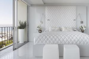 Dream White Bedroom Decorating Ideas