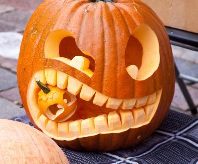 Easy Halloween Pumpkin Carving Ideas