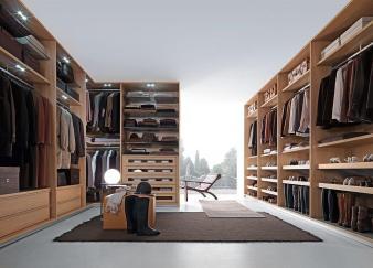 Fabulous Walk Closets Make Your Mornings Lot More