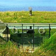 Fascinating Underground Homes Hillside Houses