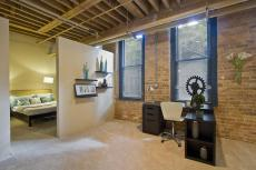 Find Apartment Steeped History Industrial Chic