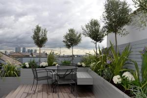 Garden Design London Terrace Thorplccom Also Modern Ideas
