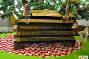 Glimpse Inside Diy Rustic Christmas Tree Stand