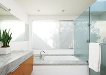 Glossy Glass Material Minimalist Bathroom Small