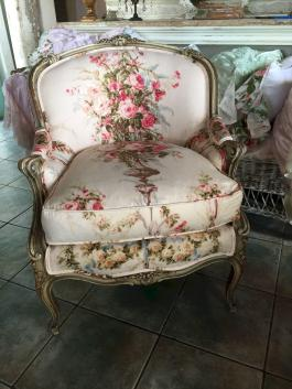 Gorgeous French Country Living Room Decor Ideas