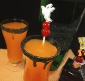 Hocus Pocus Halloween Cocktail