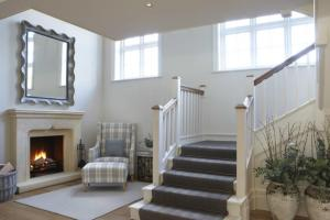 Incredible Shabby Chic Staircase Design Ideas