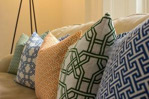 Latest Trendy Geometric Cushions Nina Kullberg