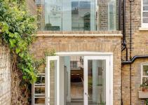 London Terrace House Gets Smart Extension Walk