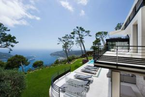Luxury Contemporary Villa French Riviera