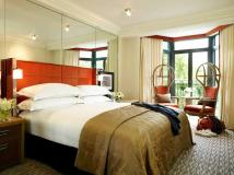 Luxury Hotel Bedrooms Decosee