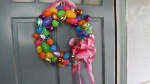 Make Easter Egg Wreath Tutorial