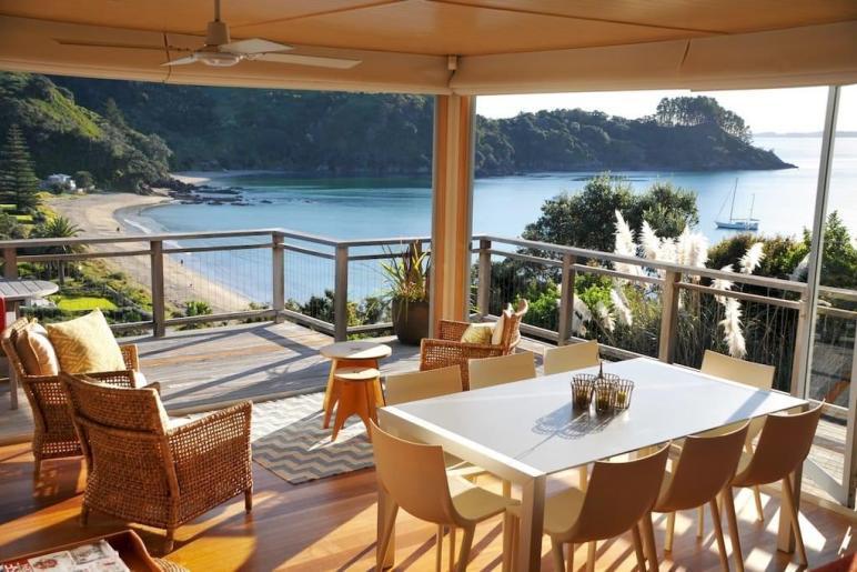 Matapana House Palm Beach Houses Rent Auckland