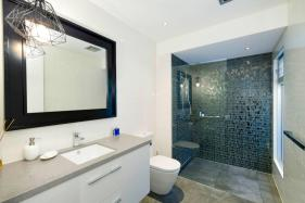 Melbourne Contemporary Kitchens Bathroom