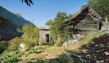 Minimalismus Unter Dem Dach Eines Kleinen Haus Aus Holz