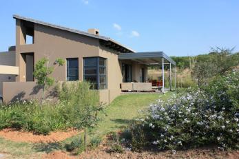 Modern House Safe Golf Estate Houses Rent