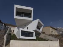 Mosha House Reference Geometric Minimalist