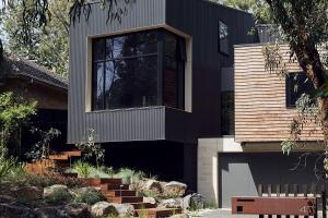 Oasis Refreshing Greenery Modular Blackburn House