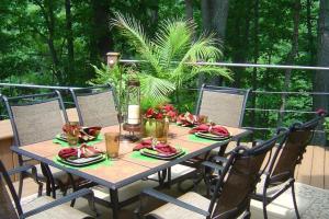 Outdoor Entertaining Tips Summer