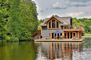 Rosseau Retreat Rustic Lakeside Cottage Morphed Into