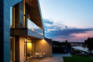Scenic Ocean Views Meet Serene Nordic Design Villa