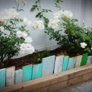 Scrap Wood Garden Edging Farmhouse38