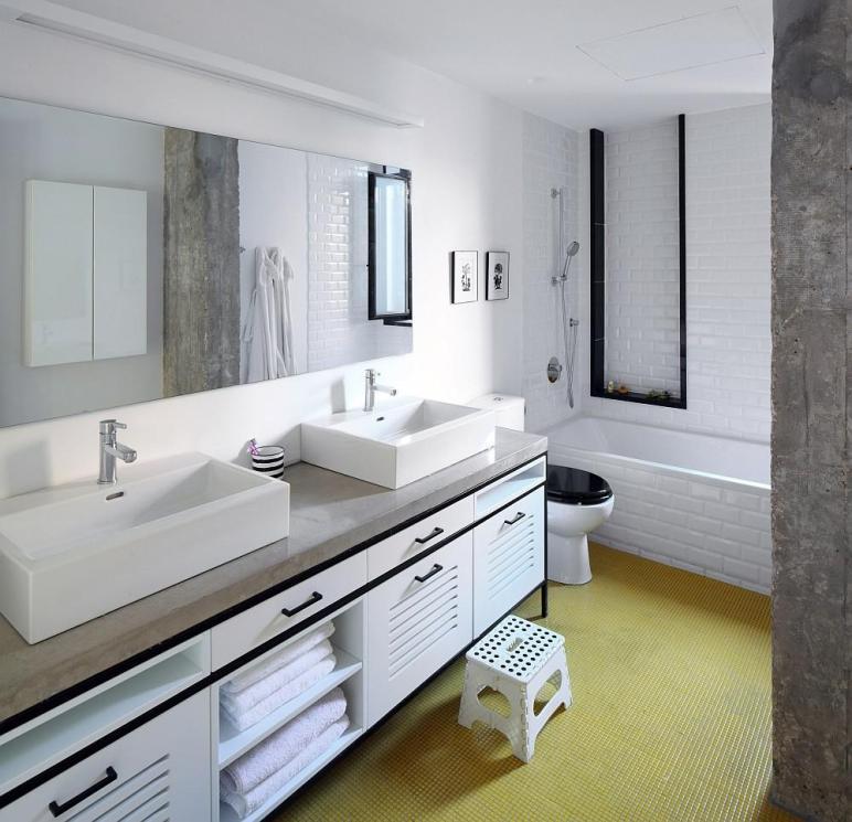 Sensible Renovation Tel Aviv Combines Two Apartments